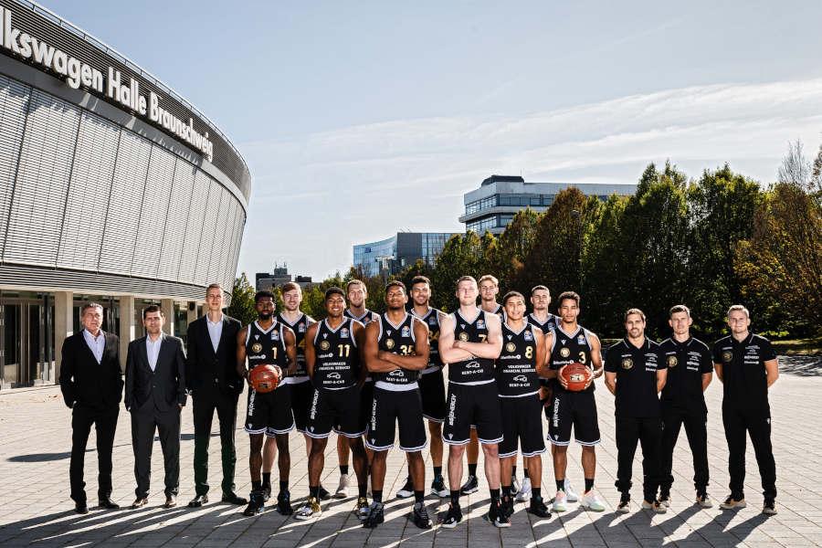 BBL-Pokal: Telekom Baskets Bonn schlagen Basketball Löwen Braunschweig