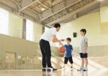 Basketball mit Kindern #3: Fangen und Passen