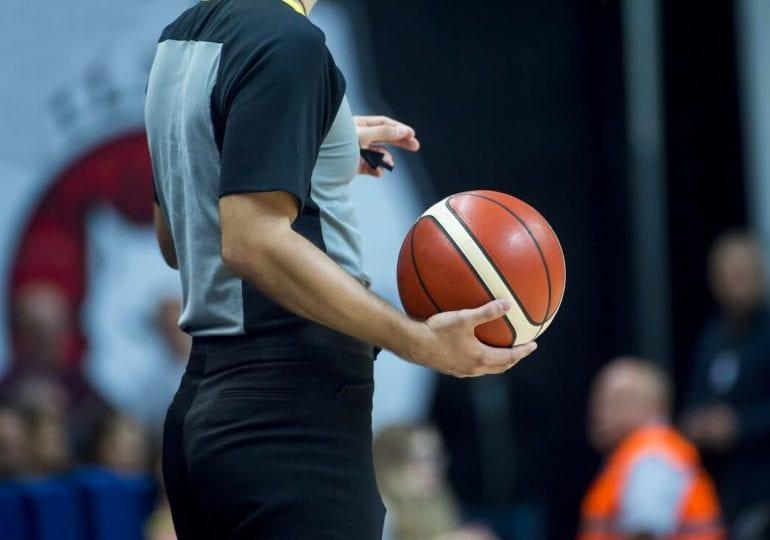Basketball Basics: Was pfeift der Schiri? (Teil 1)