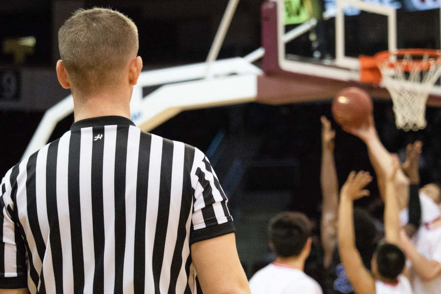 Basketball Basics: Was pfeift der Schiri? (Teil 2)