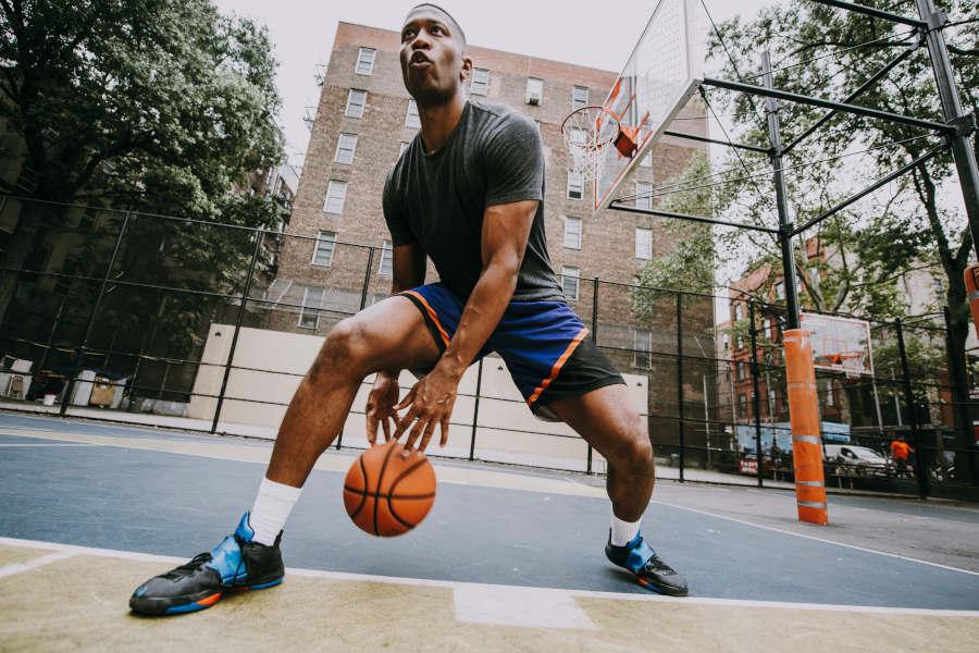 Trainieren wie die NBA-Stars: Dribbling-Drills für mehr Beweglichkeit