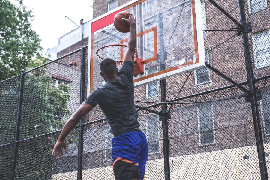 Streetball #6: Urban Legend Raymond Lewis
