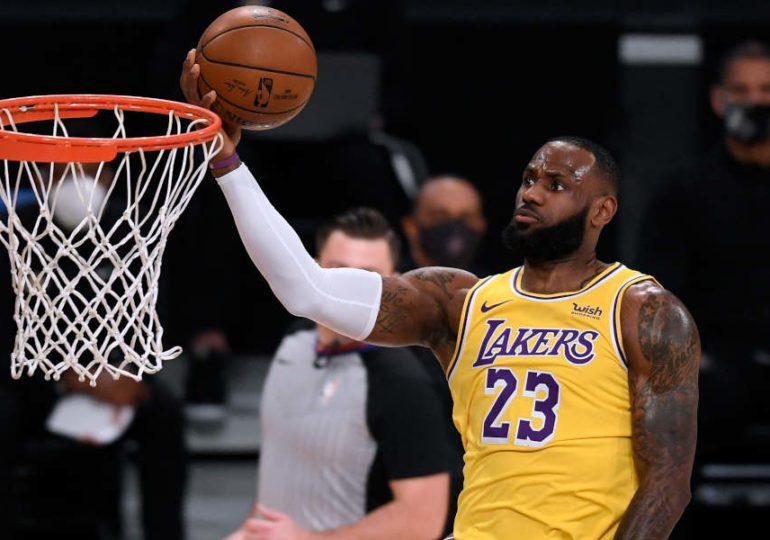 James ahmt Vorbilder nach: 3 NBA-Fakten, die du dir nicht entgehen lassen solltest (Teil 2)