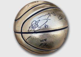 Basketball-Charity-Aktion mit Dirk Nowitzki und Dennis Schröder